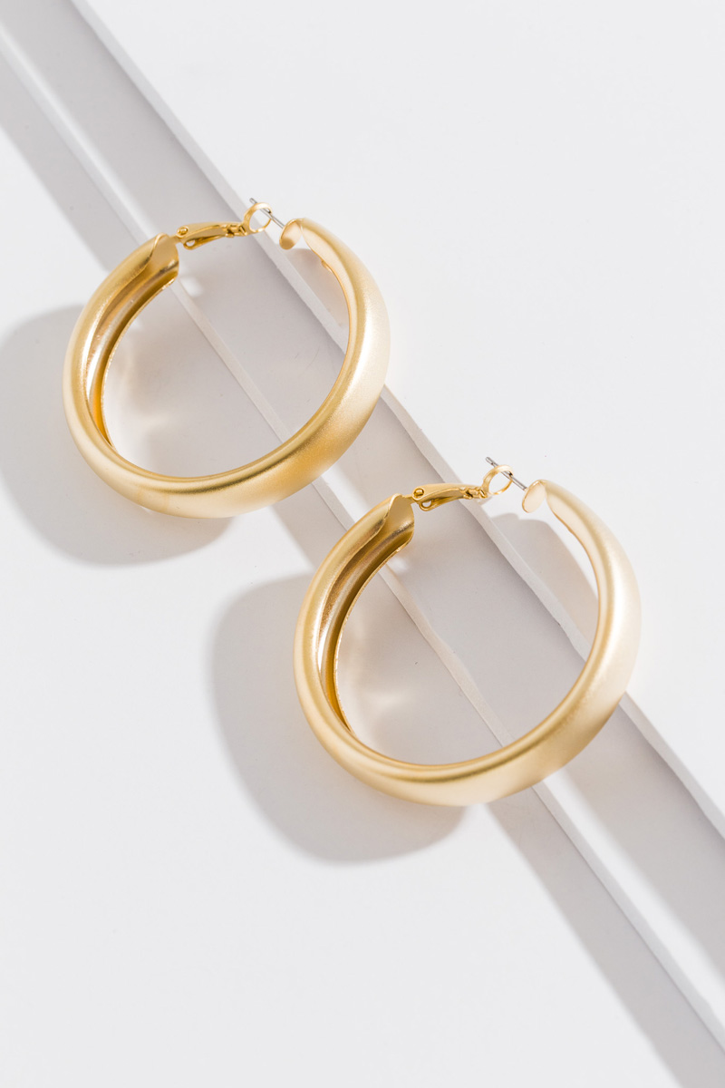 Matte Gold Rounded Hoop