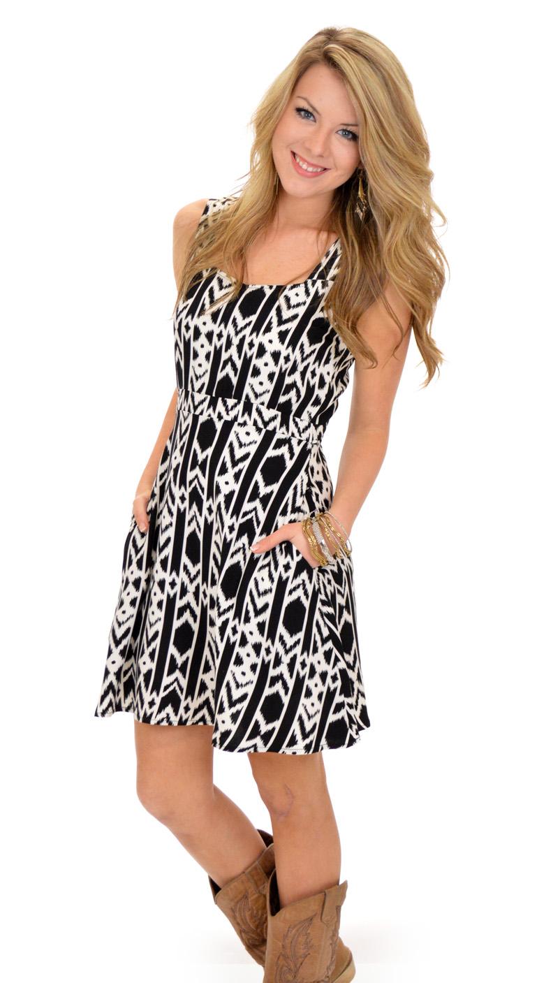 Antonyms Dress