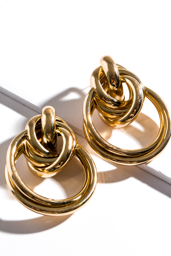 Oversized Knot Earring, Gold