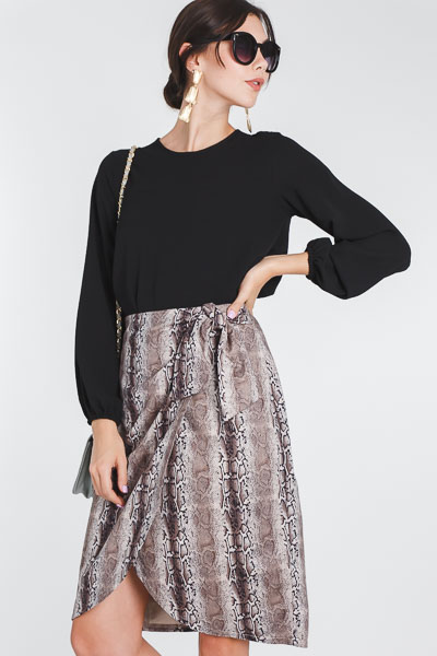 Snake Side Tie Skirt