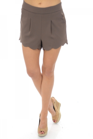 Scalloped Cutie Shorts, Mocha