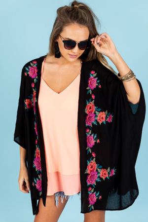 Give Me Roses Kimono, Black