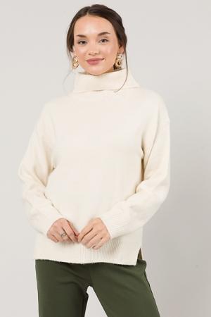 Simplicity Sweater, Cream