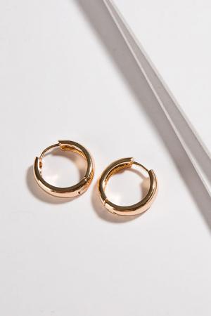 Everyday Gold Huggie Earring