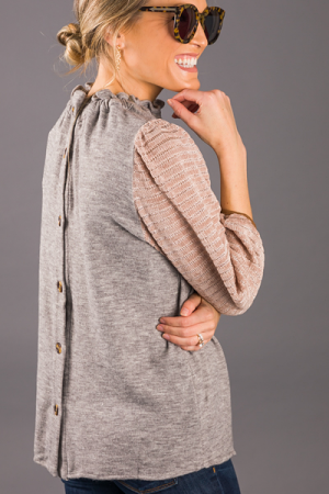 Button Back Contrast Top, Grey
