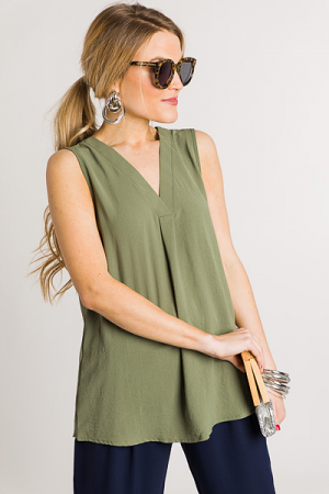 Pleated V Tank, Olive