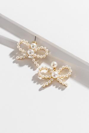 Pearl Bow Tie Ear