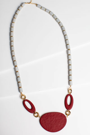Modern Maroon Necklace