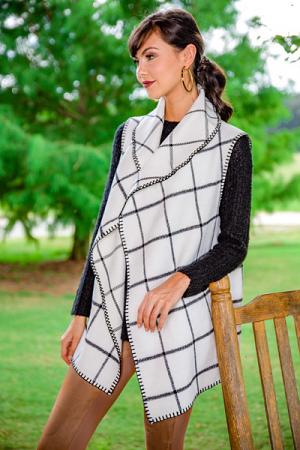 Murphy Blanket Vest, White