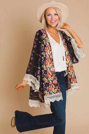 Lace Trim Floral Kimono