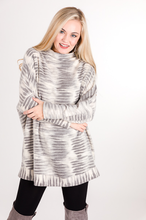 Faded Lines Oversize Pullover