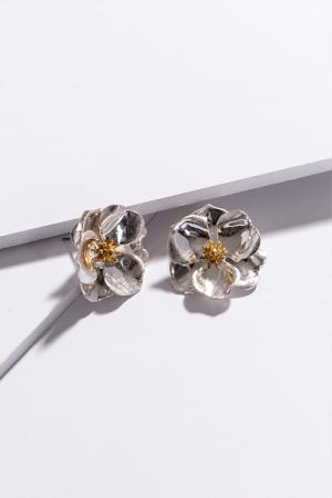 Post Flower Ear Silver