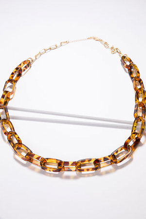 Acrylic Tortoise Links Necklace