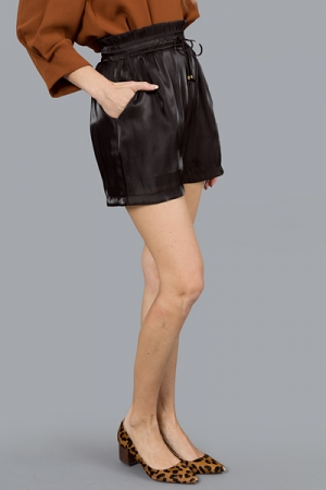 Lustrous Shorts, Black