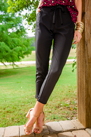 Chandler Crepe Pant, Black