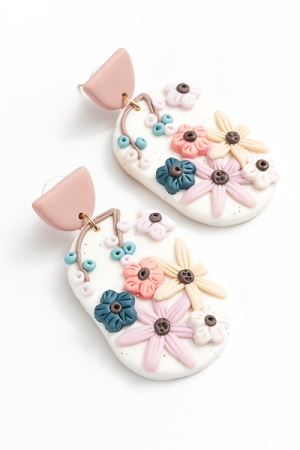 Clay Flower Oval Earring, White