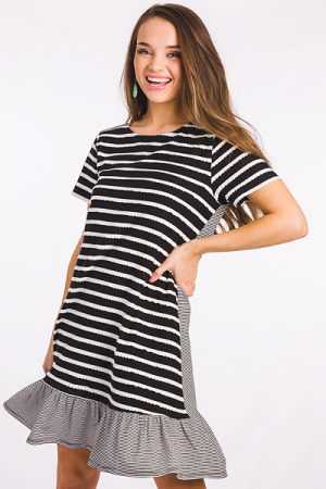 Scalloped Stripes Knit Dress